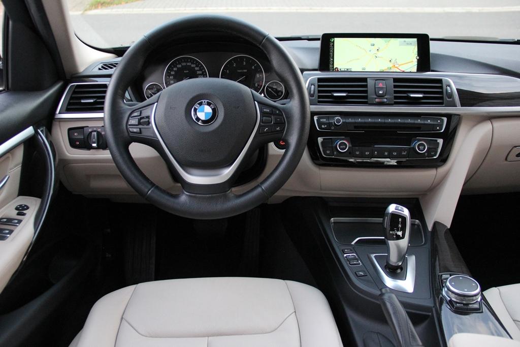 BMW 318dA Berline Luxury Line