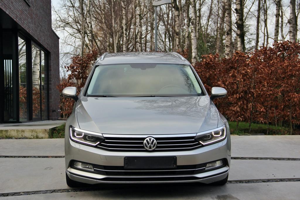 Volkswagen Passat Variant 1.6 TDI DSG Highline