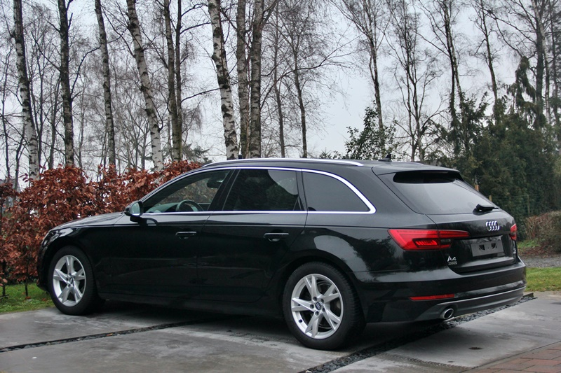 Audi A4 2.0 TDI Ultra Sport S-Tronic, Full Option